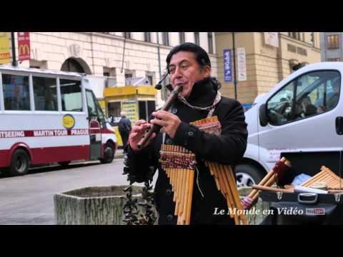 Prague's Street Music  Republic Square