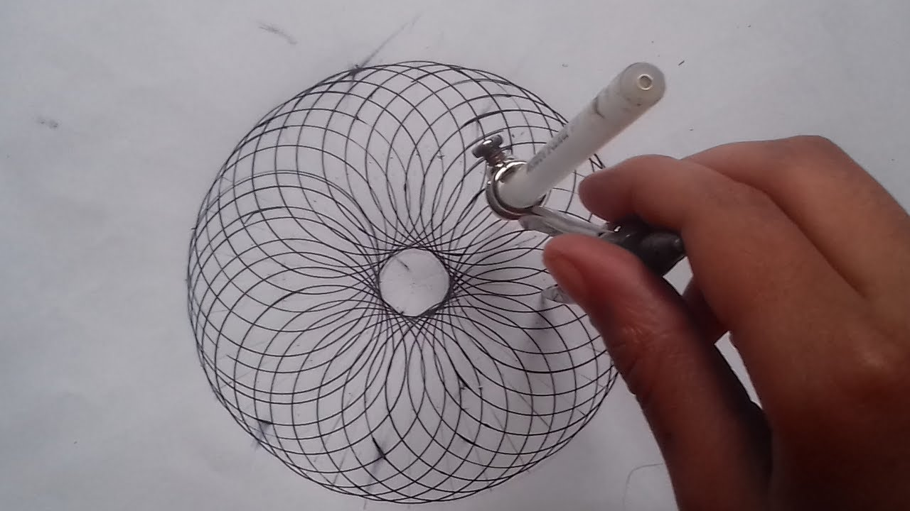 How To Draw A Spirograph Effect With Just A Compass Easy Youtube
