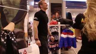 Открытые уроки CrossFit в магазинах Reebok каждое воскресенье