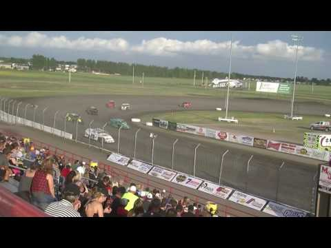 Red River Valley Speedway 06/17/2016 - IMCA Modifieds Heat 2