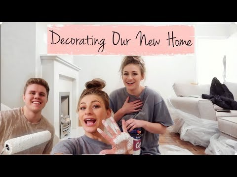 DECORATING OUR NEW HOME | MOVING VLOG #1