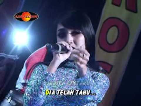 Rina Amelia - Lilin Lilin Putih (Official Music Video) - The Rosta - Aini Record