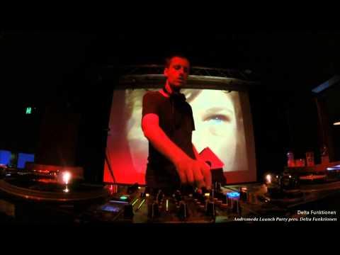 Delta Funktionen @ Woolly Mammoth - 12/09/2014 - Andromeda Launch Party