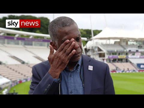 [视频]西印度群岛的传奇人物Michael Holding在谈论英国的种族主义时哭了