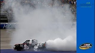 Фото с обложки Wallace Jr. Caps Off Big Win With A Big Burnout