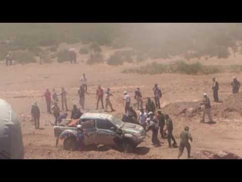 Gente de Abra pampa ayuda a piloto del Dakar Videos De Viajes