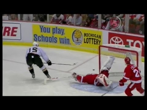 Detroit Red Wings: Best Saves From the Playoff Streak