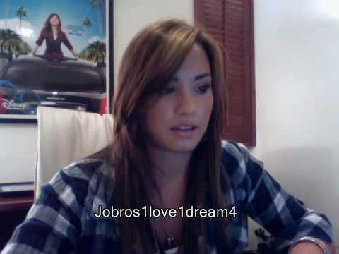Demi Lovato Live Chat On Cambio (06/30/2010) - Part 2