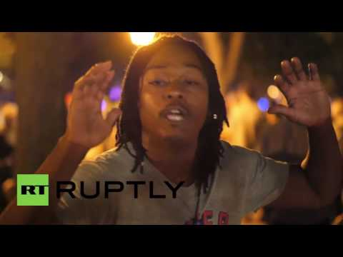 USA: Protesters demand justice for Philando Castile outside Minnesota governor
