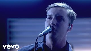 George Ezra - Paradise (Graham Norton Performance)