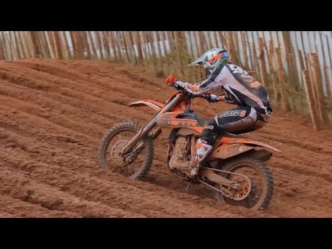 MOTO Video Highlights - RD 6 Maxxis British Championship @ Desertmartin - 2013  | Moto Magazine