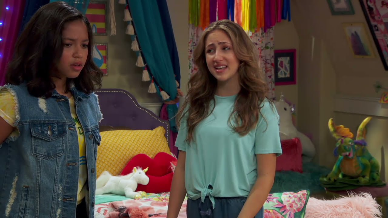 Download Sydney to the Max – Clip   Tearin' Up My Room   Disney Channel