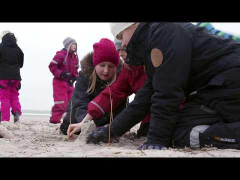 Kan denne video lokke dig til Ringkøbing-Skjern Kommune? - TV Avisen