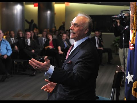 Vietnam Veteran, Steeler Great Rocky Bleier visits VA