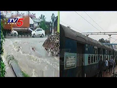 Heavy Rains in Visakhapatnam District   Sharada & Tandava Rivers Overflowing   AP   TV5 News