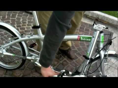 Bicicletta Pieghevole Beixo.Bicicletta Pieghevole Beixo E Cappottina Per Bici Youtube