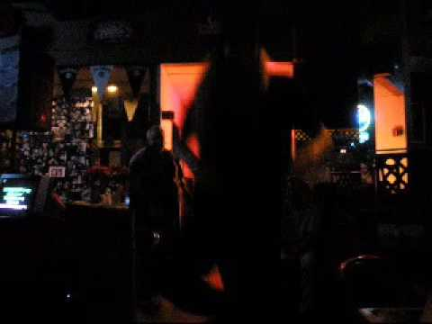 Karaoke Moshing
