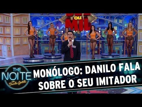 The Noite (14/12/15) - Monólogo: Danilo Fala Sobre O Seu Imitador