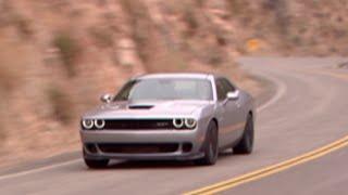 dodge challenger srt hellcat muscle car mit 717 ps
