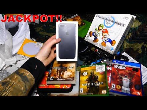 Jackpot!!! Gamestop Dumpster Dive Night #391
