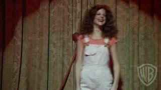 Gilda Live - Feature Clip