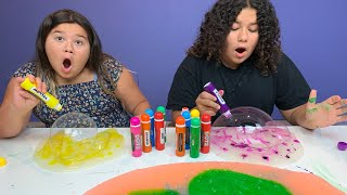 Satisfying Slime Coloring Swirls with Big Crazy Dot Markers