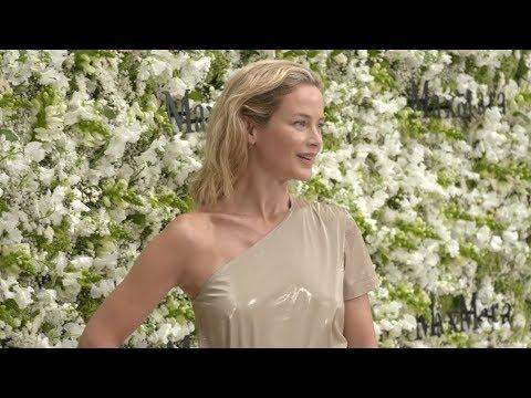 MAXMARA Resort 2020 Berlin - Fashion Channel