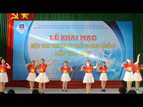 Tiết mục nhảy Việt Nam ơi! của trường Đại học Thủ Dầu Một