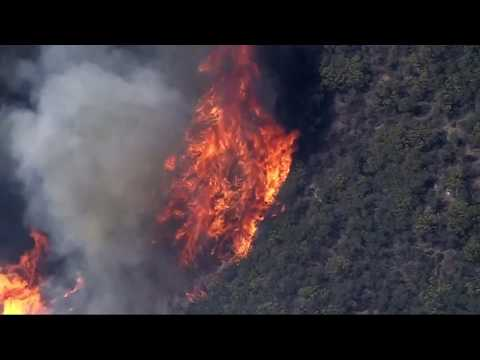 Woolsey Fire leads to burning homes, thousands of evacuations in California