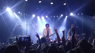 Download Green Day - American Idiot (Live in LA 9/10/19) Mp3