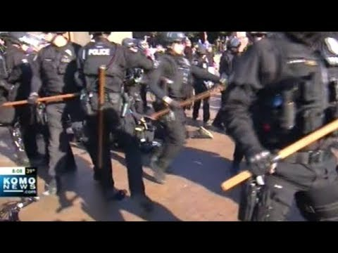Police Use Tear Gas And Pepper Spray On Protesters At University Of Washington