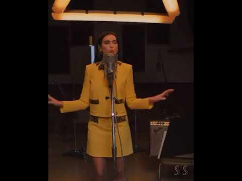 Download Dua Lipa - Levitating Live on TIME100 2021 | vertical video