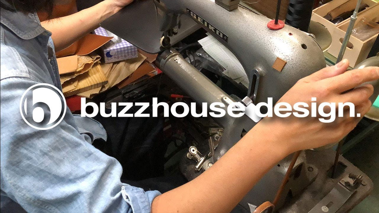 buzzhouse design レザーケース制作風景