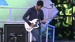 Fresno - Sentado À Beira do Caminho (ao vivo no TV Xuxa, 16/06/2012)