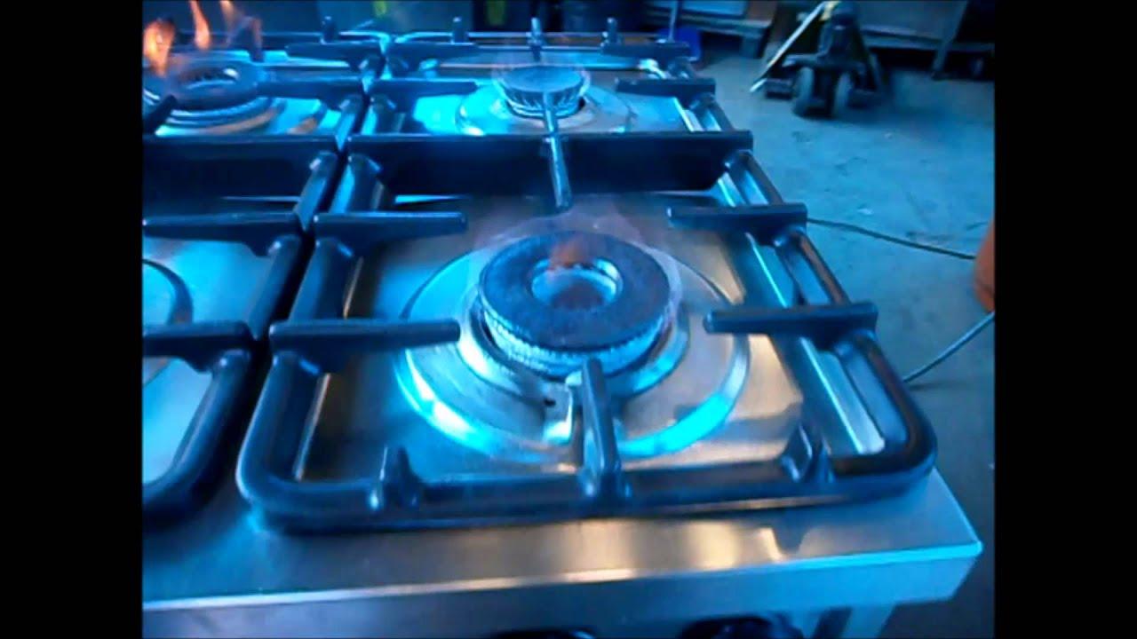 Cucina 4 fuochi spedita ad Ostia wwwteknoccasioniit  YouTube