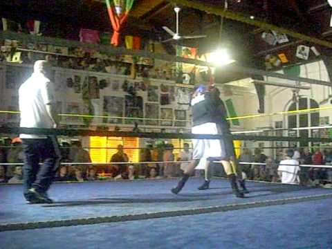 Slug Fest The Boxing Academy Swindon 25/04/09 pt1