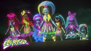 Ghouls VS Zomboyz | Monster High™ Electrified