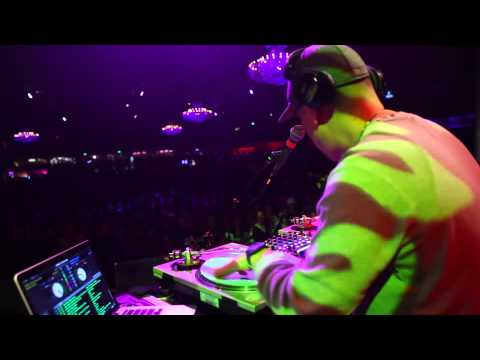 DJ Chonz Snippet At The Fillmore Bone Thugs-n-Harmony Concert