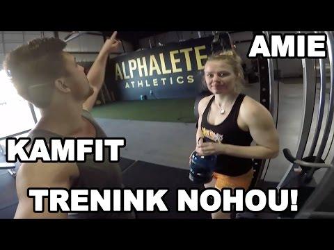 Trenink Nohou v Alphalete Gym! Amie se učí česky v posilovně! Reupload