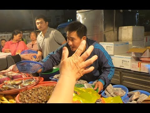 Crazy Cheapest SeaFood Auction in Taiwan Chiayi Mituo Nightmarket