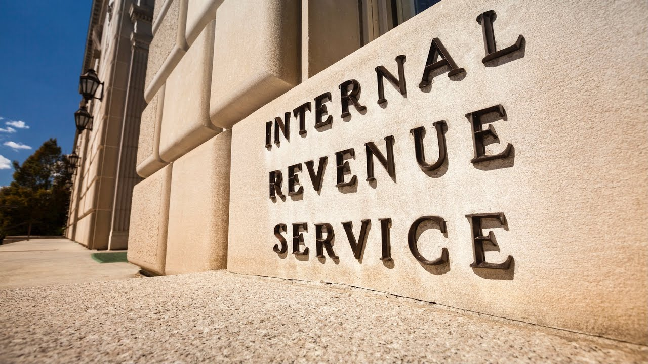 Download IRS faces a backlog of over 35 million tax returns