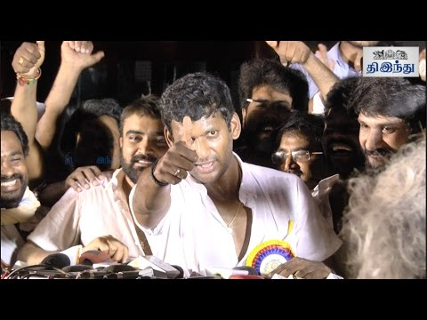 'Get Ready for the Fight!' - Vishal Challenges Tamil Rockers | Producer Council Election 2017