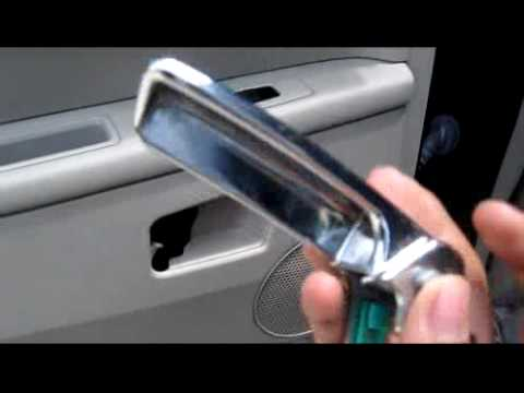 Jeep Grand Cherokee 2005 Hemi Recall Door Panel Issue Youtube