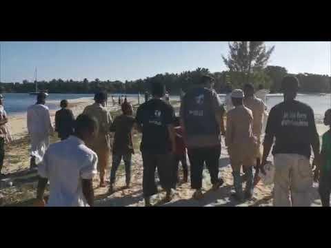 Sortie sur l'île aux nattes avec les orphelins Madagascar #26