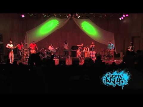 CYNTHIA MONTAÑO - CHONTADURO (LIVE)