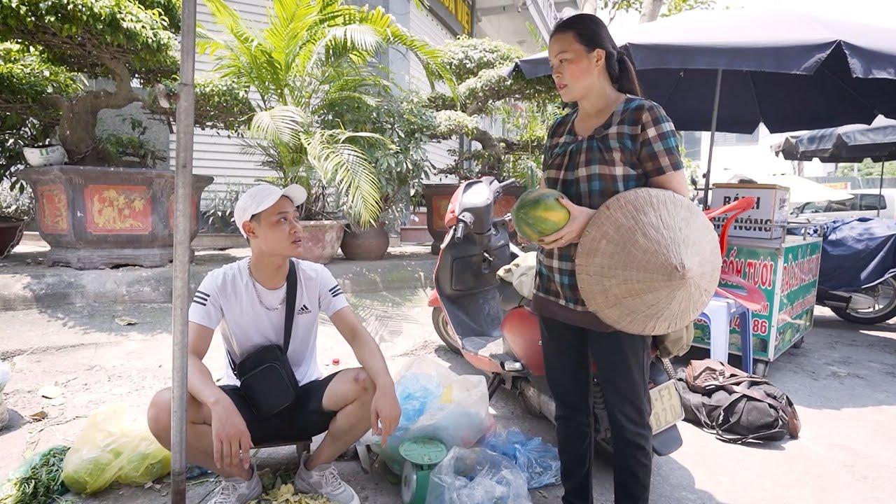 Chủ Tịch Chia Tiền Hoa Quả Với Bà Lão Nghèo | Chủ Tịch Tập 4
