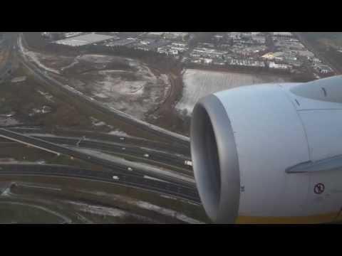 Landing Ryanair Eindhoven Airport (good view) [HD]