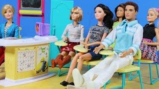 Barbie ve Ailesi Bölüm 77 - Veli Toplantısı