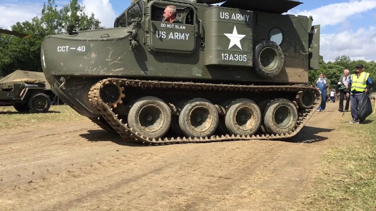 East Coast Jeeps UK at War & Peace 2017 - YouTube