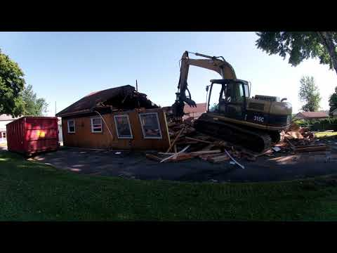 Timelapse DEMOLITION of a House